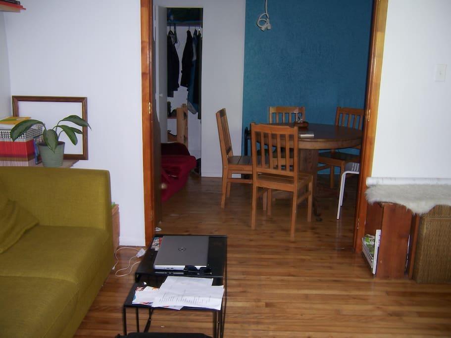 Salon/salle à manger (suit)