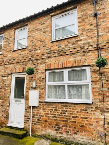 Cosy 2 Bed Base in Boroughbridge, York / Harrogate