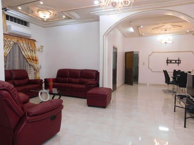 Luxurious Villa Amelso - Abomey Calavi