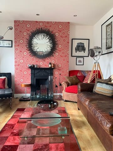 Stunning two bed-roomed flat in a central location