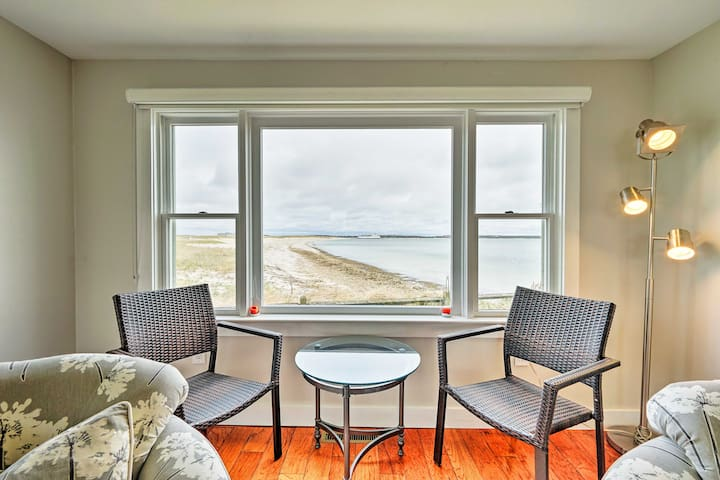 NEW! Waterfront Hyannis Condo - Minutes to Ferries