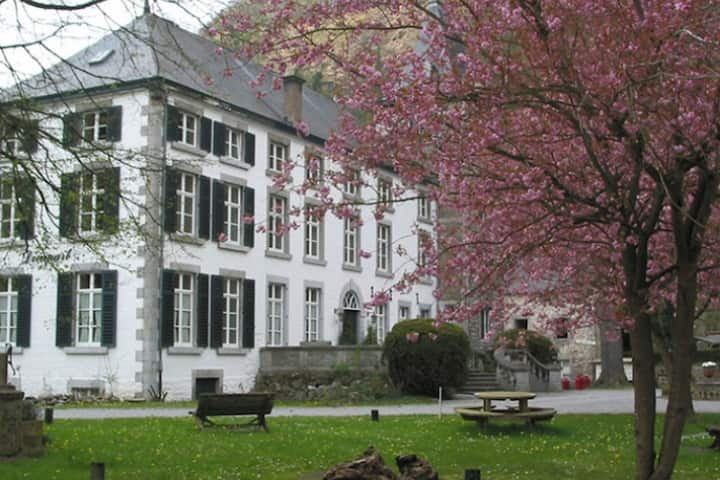 Apartment in Aywaille, equidistant from Liege and Spa