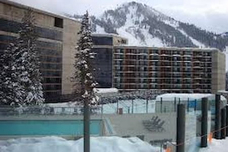 SNOWBIRD SKI CONDO MAR 25 - APR 1, 2017 SLEEPS 4 - Sandy - Multipropietat (timeshare)