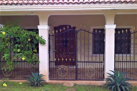 Villa Maya. Luum