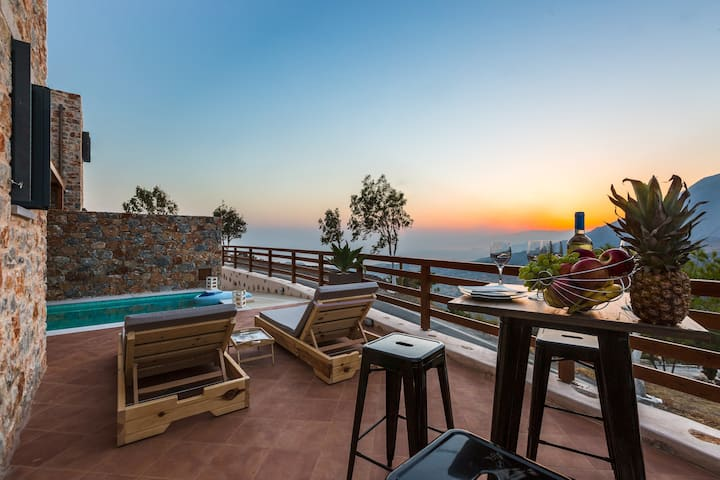 Galini Luxury Home 2, close to south coast beaches