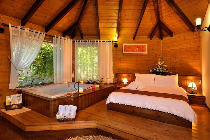 Talia Cabin Geust & Spa - Suite With Private Pool