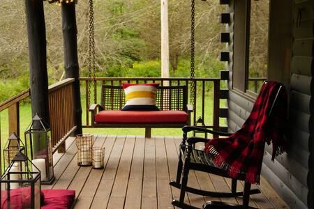 Northern Catskills' Dream Cabin: Blue Bird Hill