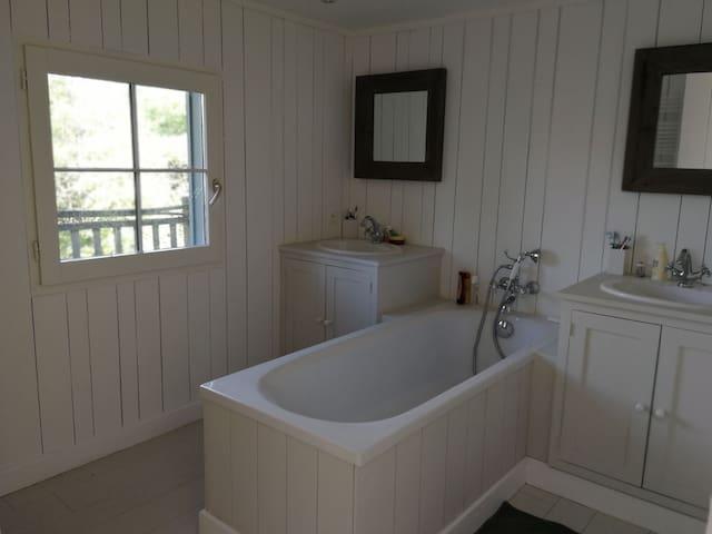 Salle de bain - Chambre 5