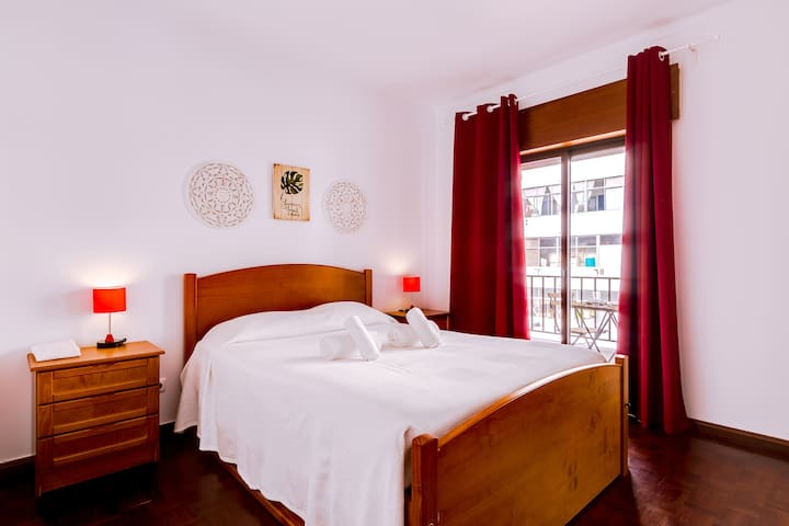 Emiratya Room! Quality & Comfort in central Faro