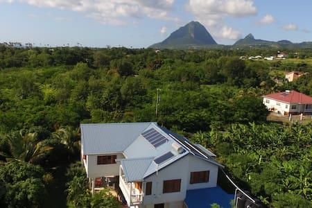 Long term rental - Piton View Villa close to sea