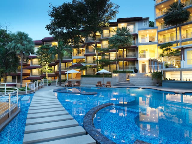 Luxury Pool View Room with Breakfast at Kata Beach