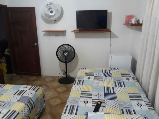 Habitacion con baño privado , tv , mini nevera