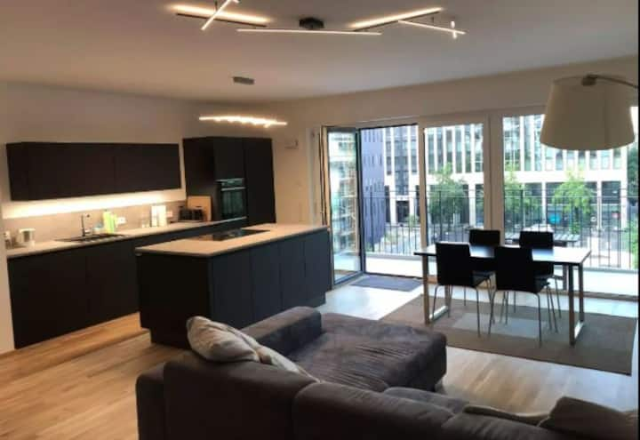 New apartment in the heart of Frankfurt city center