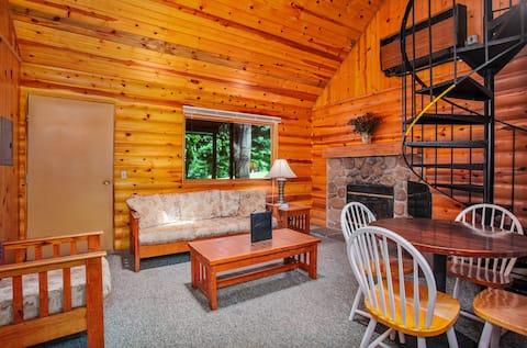 Duplex Cabin at a Quaint Forest Resort
