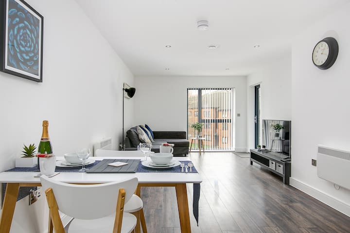 Airbnb Birmingham Vacation Rentals Places To Stay England