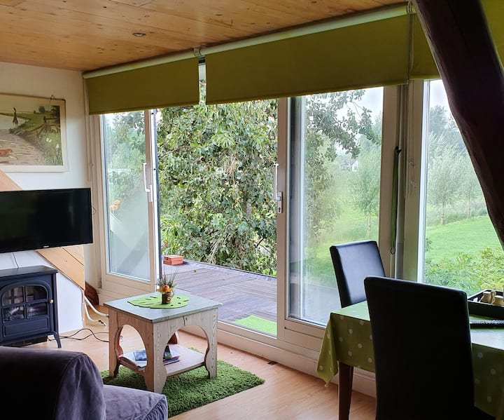 Sunny room, with beautiful vieuw