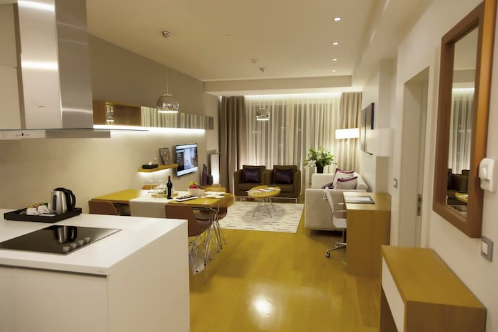 Deluxe 1+1 Apartment For Family& Couples