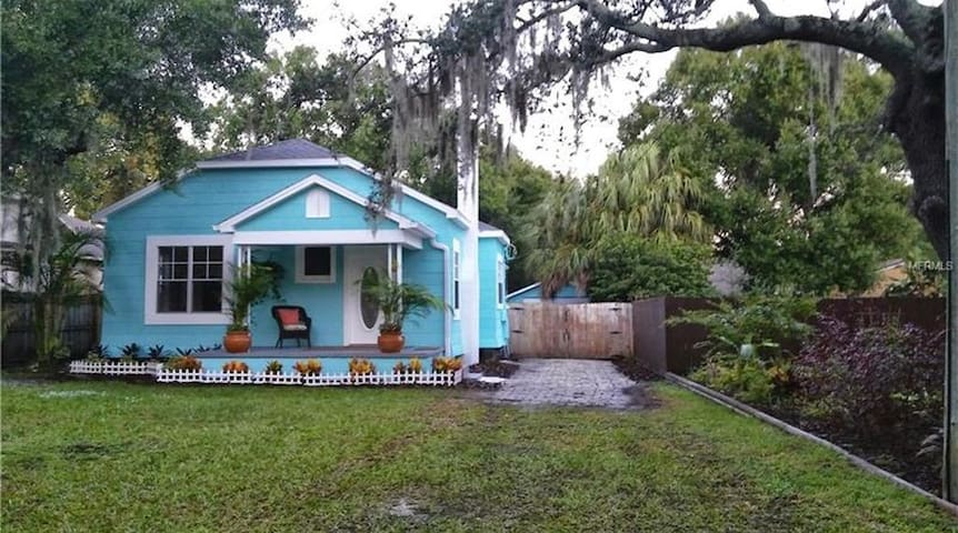 The Tampa Bungalow