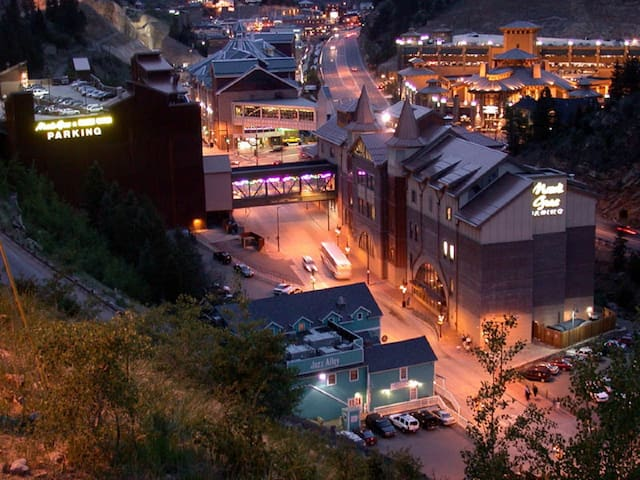 Gambling at Black Hawk is just a 30 minute spectacular drive away