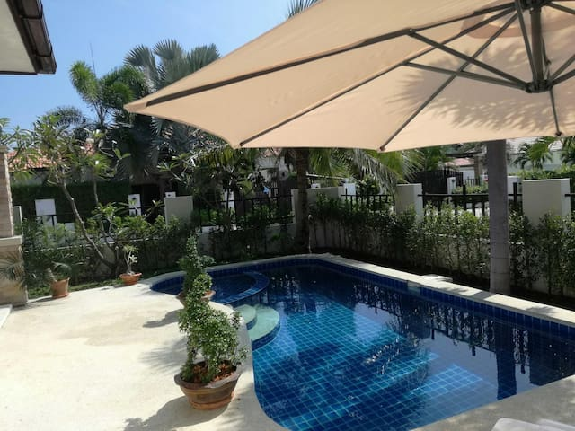 Very nice Villa with swimming pool.. - Hin Lek Fai