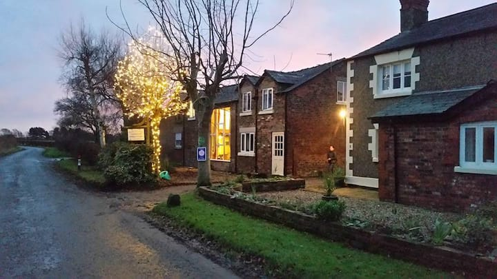 The Granary Cottage Martin Lane Burscough sleeps 6