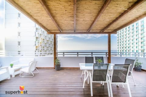 SeaPenthouse · ♚ SeaPenthouse/TLV-Beach/80M²Roof/PrivateParking ★