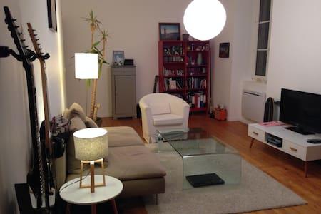 Chambre dans appartement de charme - Pontarlier - Daire