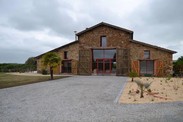 Gîte 18 personnes, Vendée (avec piscine)