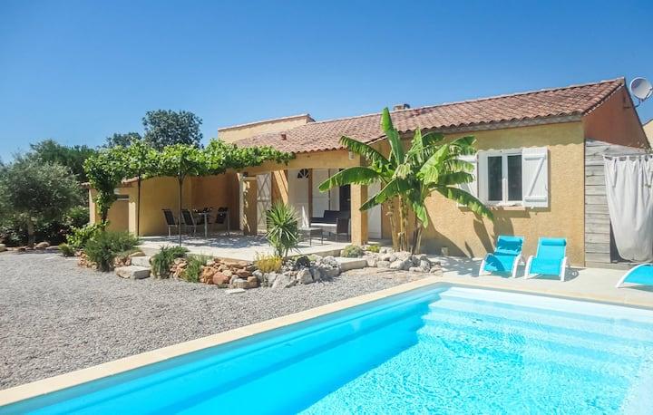 Spacieuse et lumineuse villa avec piscine privée