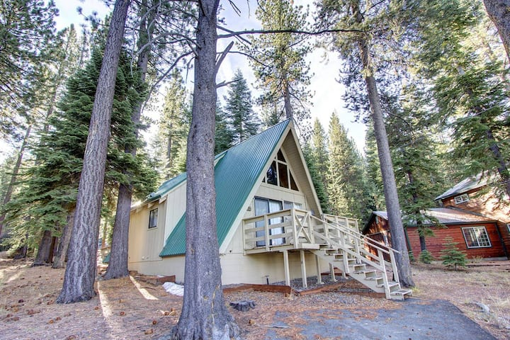 Cozy A-Frame Cabin with Wood Burning Stove and BBQ  (COH0653)