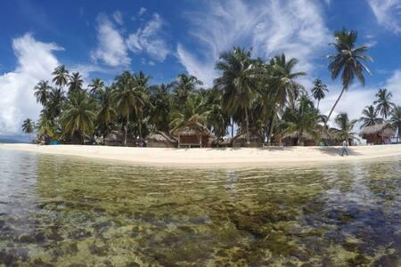 Franklin Island Cabanas Privada