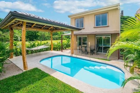 Luxury 3bed Villa | Private Pool + Beach