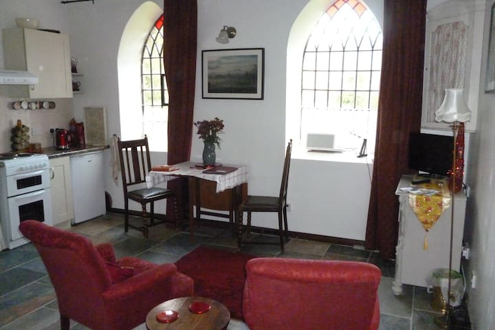 Charming Romantic Love Nest Converted Chapel for 2 - Wirksworth - Huis