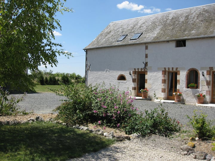 La Colombe - luxury gite for 4 with heated pool