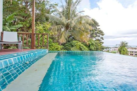 最优惠/卡伦豪华海景三卧泳池别墅,距海滩500米,周边设施便利