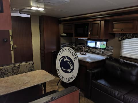 PENN STATE FOOTBALL RENTAL/other rental RV