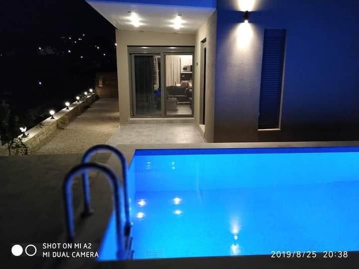 Villa Miron