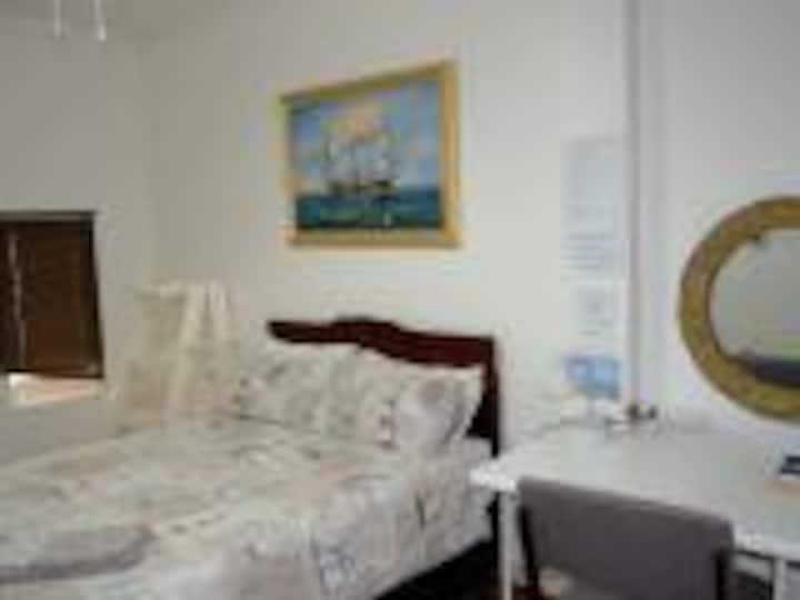 Lighthouse Guesthouse Welkom - Budget Double Room