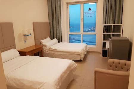 Luxury Room in the Pearl - Doha