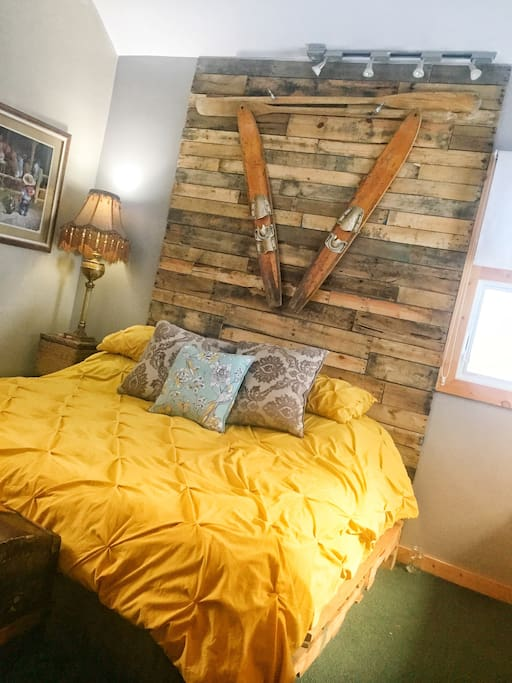 seeley lake chat rooms Page 5 | find seeley lake, mt real estate for sale today,  the great room features rustic alder cabinetry, granite counters and informal dining.