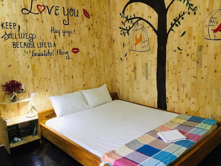 Double room without bathroom - Green Hill Hostel