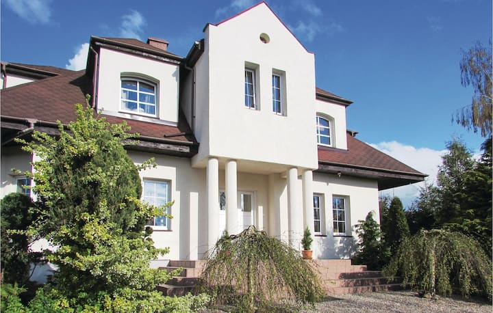 Nice home in Wolin with 4 Bedrooms and WiFi
