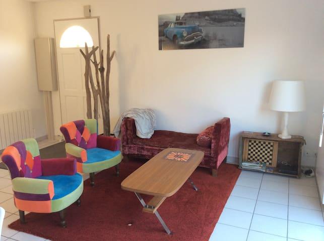 Maison T2 entièrement refaite à neuf avec jardin - Saint-Médard-en-Jalles