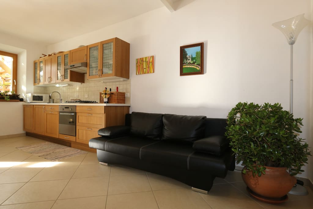 Wohnküche, Cucina abitabile, eat-in kitchen