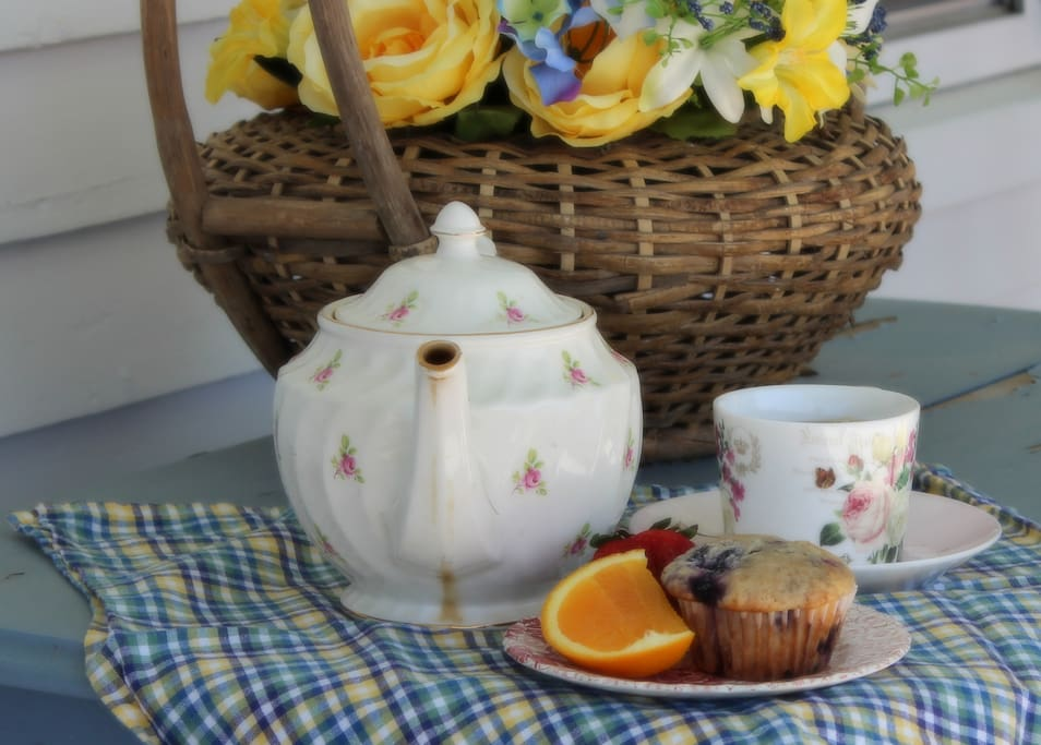 Enjoy complimentary breakfast of fresh baked muffins, fruit and a pot of tea or French press coffee on the beautiful front porch!