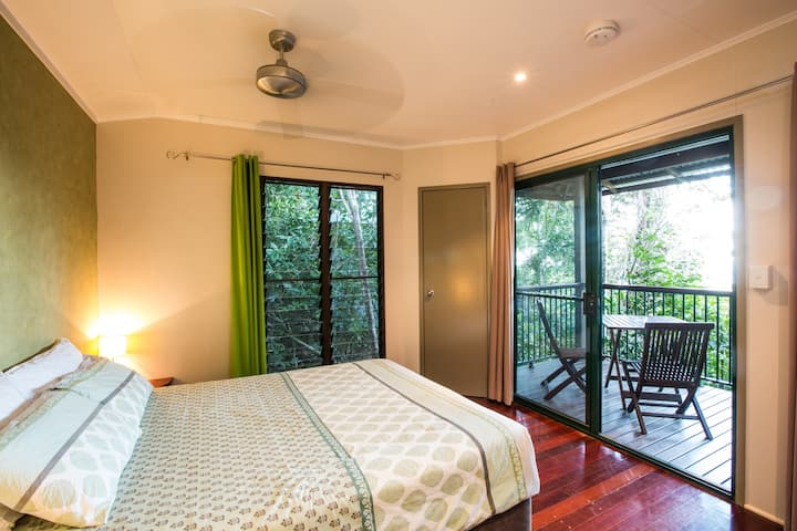Rainforest Double Canopy Cabin