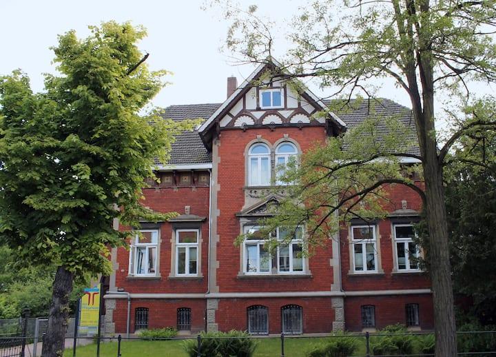 Uelzen zentral Nr. 3, Nähe Bahnhof