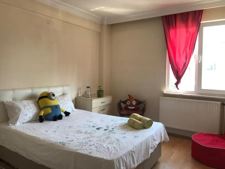 Cozy Room in Central Kadıköy