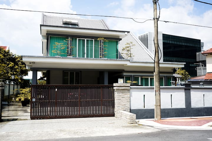 Luxury One Villa, 1 min walk to Paradigm Mall