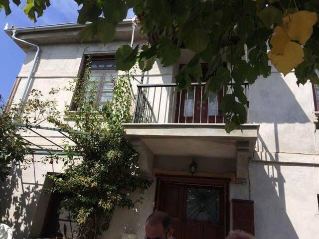 Beautifull traditional farmhouse - Doxato - House